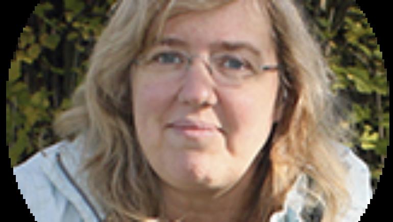 Dr Lise Hansen – DVM, MRCVS CertiAVH PCH